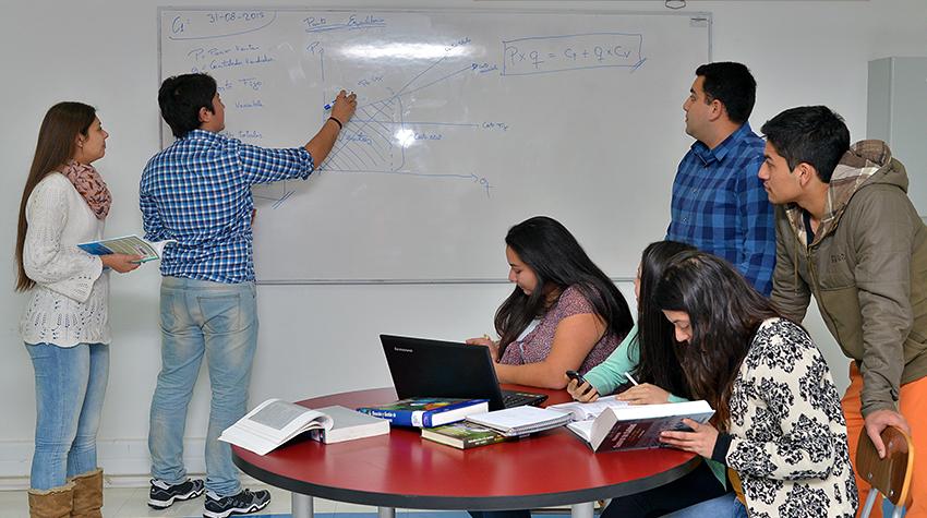 Técnico Universitario en Administracion